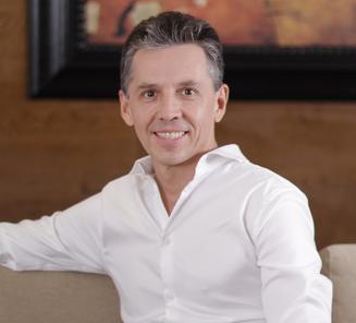 Bernardo González KIO Networks